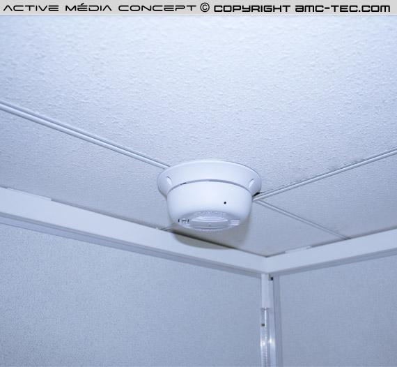 Détecteur de fumée caméra avec enregistrement sur carte SDHC