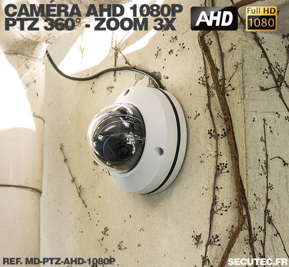 vue de la caméra dôme PTZ en extérieur
