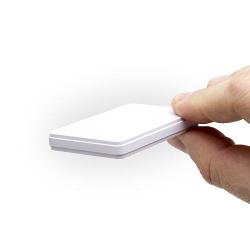 Balise GPS / GSM ultra plate type carte de crédit